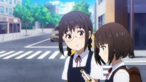 中学生の友人と歩くレイン